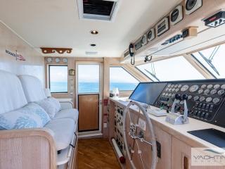 Trawler HATTERAS 70