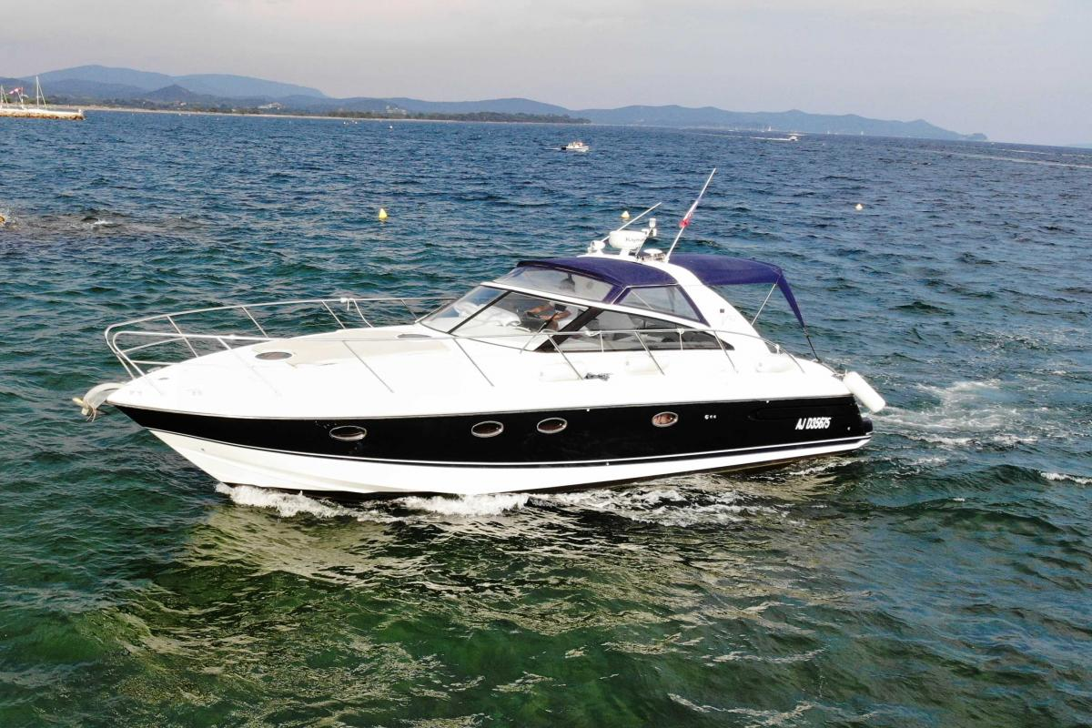 Open PRINCESS V42
