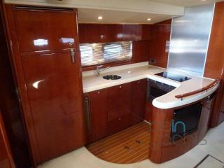 Cabin Cruiser FAIRLINE TARGA 52