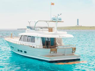 Trawler SASGA MENORQUIN 68